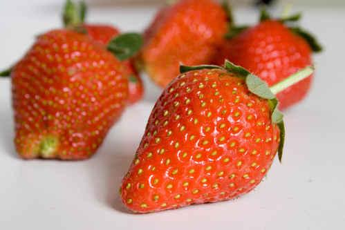 Vykort jordgubbar080430