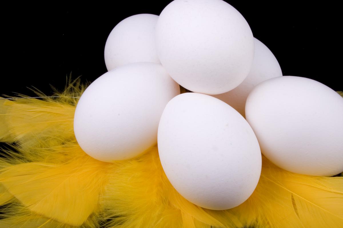 måla ägg till påsk