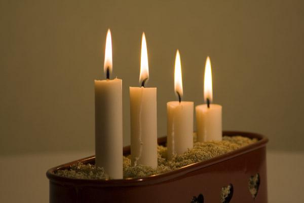 ljusstake advent Gratis bilder på fjärde advent   Högtider ljusstake advent
