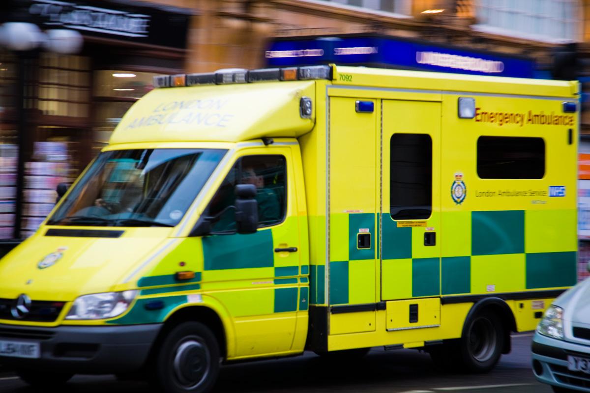 gratis bilder ambulans