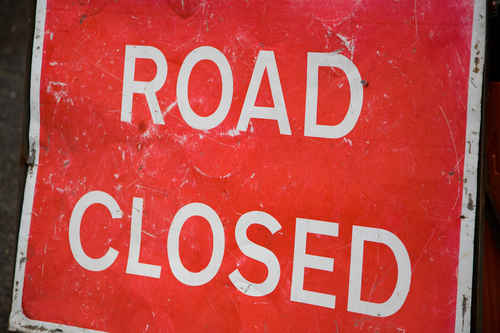 Vykort road_closed_02